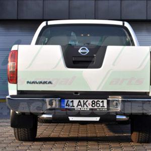 Bara protectie spate Nissan Navara fabricata din inox + poliuretan