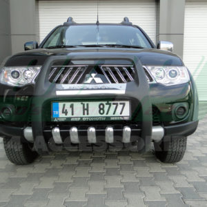 Bullbar bara protectie fata poliuretan Mitsubishi L200 2010+